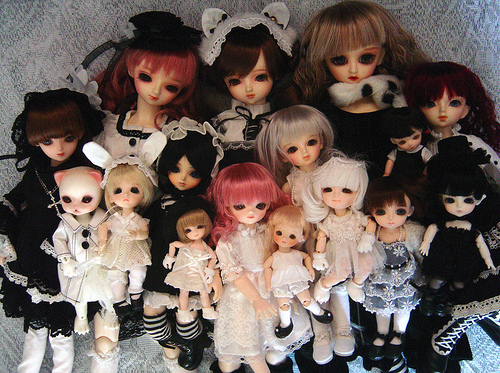Ball-jointed-dolls